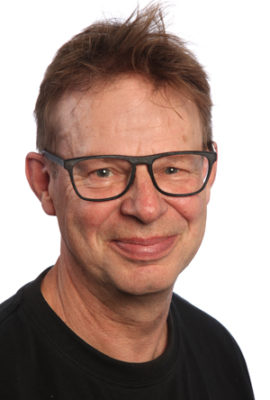p Lars D V H